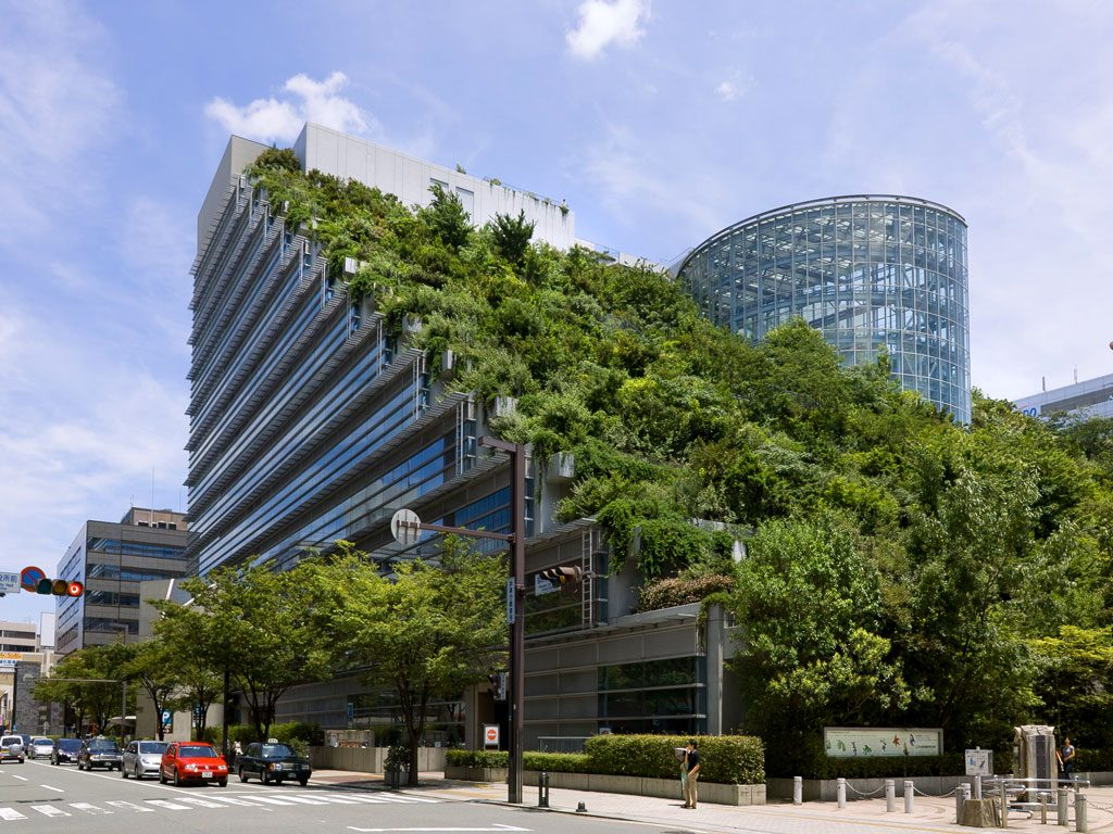 Acros-Fukuoka-Building2-آراد-چوب-ایرانیان1